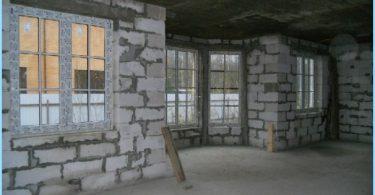 Mēs veidojam māju no putuplasta blokiem ar savām rokām