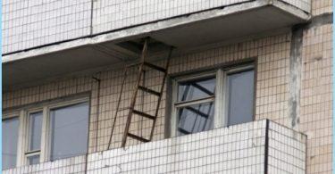 Skaisti uguns aizbēgt uz balkona