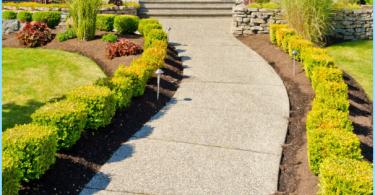 Garden ceļš no betona ar savām rokām